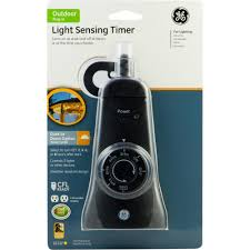 Ge Outdoor Dual Outlet Light Sensing Timer 15112 Ge 15 Amp Plug In Dual Outlet Light Sensing Timer