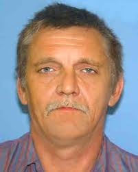 """LESTER HOBBS (Abductor) Case Type: Endangered Missing DOB: Feb 20, 1963 Sex: Male Missing Date: Jan 24, 2010 Race: White Age Now: 47 Height: 6'1"""" (185 cm) - ncmc1117"""
