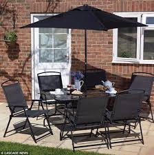 ms dopson said the parasol on the table was not damaged meaning it was unlikely