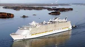 Cruise Line Captains Have Highest Salaries Among Ocean Goers