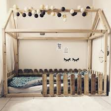 Kinderbett Kids In 2019 Kinderzimmer Kinder Und Kinder Bett