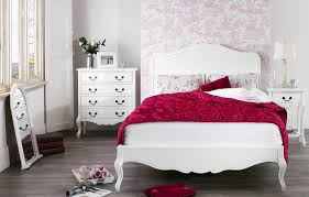 antique white shabby chic bedroom furniture hand carved details on the legs and frieze gives an antique feel serpentine drawer front adds elegance and looks