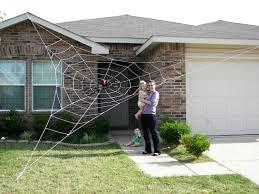 How To Make A Giant Spider Web Halloween Decoration Giant Spider Passeioramacom