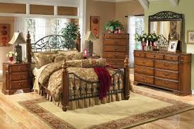 Queen Anne Bedroom Furniture Colonial Style Furniture Livingroom Colonial Revival Style Pair