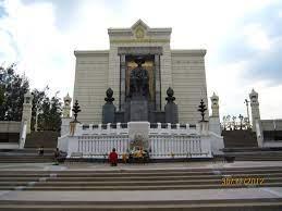 รวบรวมภาพพระบรมราชานุสาวรีย์ รัชกาลที่ 1 ถึง 9 - Pantip