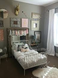 Remarkable Twin Bed Decorating For Guest Room Pictures - Best idea .