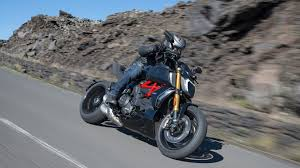 Select city and other parameters such as number of owners and accident history and get complete pricing report at no cost within 10 seconds. Ducati Diavel 1260 The Maxi Naked Powerful And Muscular