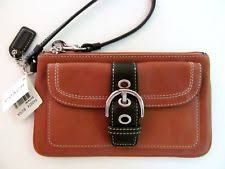 New Listing NWT Coach Vintage Leather Large SOHO Wristlet Cognac Brown Two  Tone.  128 RARE!