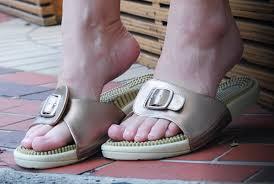 Happy Feet Slippers Size Chart Kenkoh Sizing Information Kenkohrelief Com