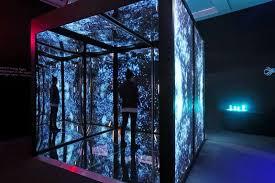 infinity cube. aquariumexhibit_03012ndedit.jpg infinity cube -
