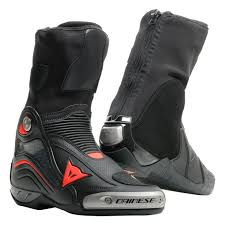 axial d1 air boots leather