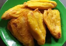 Bunda bisa bayangkan pisang goreng dengan taburan keju yang sudah di parut dengan tambahan meses warna warni, tentu lebih menarik dan menjadi sajian. Cara Membuat Pisang Goreng Yang Enak