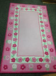 302 3x5 hand hooked pink flowers like new from pottery barn is this rug calling to be in your daughter or grand daughter s room
