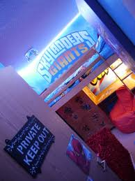 The Link Seems To Be Dead, But I Like The Rope Lights Around The Walls.  Skylanders Boys Room