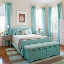 Single Beds For Small Bedrooms Bedroom Small Bedroom Decorating Ideas Featuring Red And White