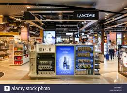duty free ping auckland airport new zealand stock image