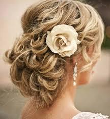 Coiffure Temoin De Mariage Cheveux Mi Long