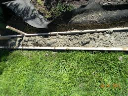 Diy Lawn Edging Ideas Home Is Where They Love You Diy Landscaping Curb