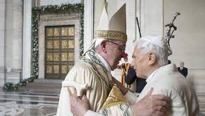 Risultati immagini per giubileo 2015 apertura porta santa papa francesco papa benedetto