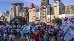 Arjantin'de koronavirüs önlemlerine protesto - Son Dakika Haberleri