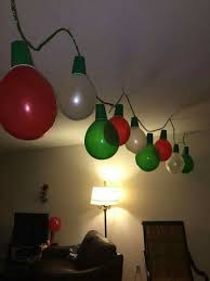 cheap christmas decor: use balloons and plastic cups to make christmas light garland a super cheap and easy diy decoration for your home pinterest