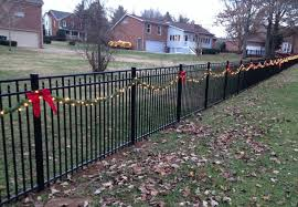 Christmas Decorating Ideas for Your Fence