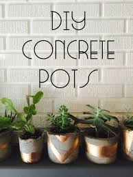 43 DIY concrete crafts - Gold Painted Concrete Succulent Pots- Cheap and  creative projects and