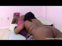 Fat lesbian eating pussy