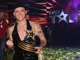 Just like in all other versions of the franchise, auditions take place and the judges review their talent and then later the home audience votes in. Das Supertalent Die Gewinner Der Letzten Staffeln