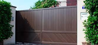 Puertas De Garaje En Marbella  Venta Instalación Y ReparaciónPuertas Correderas Aluminio Exterior