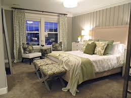 Pics Of Bedrooms Decorating Inspiring Small Bedroom Design And Decorating Ideas Small