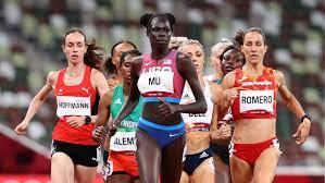 Athletics-America's Mu through to 800m ...