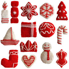Knitted Christmas decorations, originally from http://www.oddknit.com/