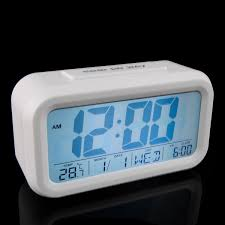 king do way digital alarm clock battery operated with dual alarm snooze and large display