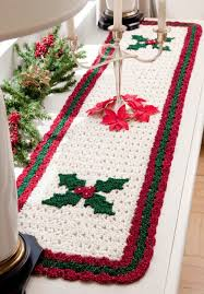 holiday table runner roundup crochet today free easy crochet
