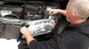Toyota Camry 2007 Light Bulb Change Headlight Assemblies On A 2007 2011 Toyota Camry With Foglights