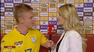 Man City star Oleksandr Zinchenko plants kiss on woman reporter during  post-match interview - Mirror Online