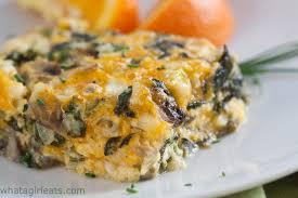 cheesy spinach and mushroom breakfast cerole