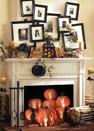 Charming 21 Stylish Living Room Halloween Decorations Ideas