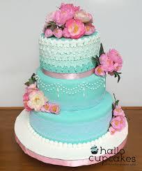 Hallo Cupcakes Cake 3 Tingkat