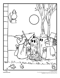 Small Picture Its the Great Pumpkin Charlie Brown Coloring Pages Peanuts Gang