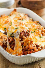 cheesy beef macaroni cerole