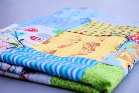 Easy Baby Blanket Tutorial & Babyquilt Adamdwight.com