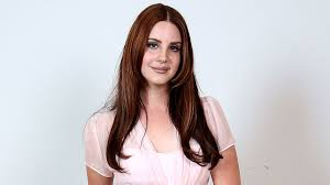 see lana del rey s beauty routine in action thanks to insram