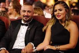 """أحمد السقا وزوجته """"خاليان"""" من كورونا"""