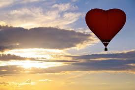 Travel in a <b>hot air balloon</b>