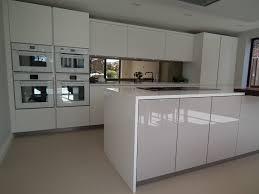 De Dietrich Kitchen Appliances De Dietrich White Glass Appliances Wwwptckitchenscouk