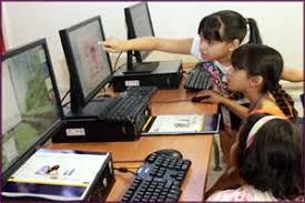 Resultado de imagen de computadoras y niños