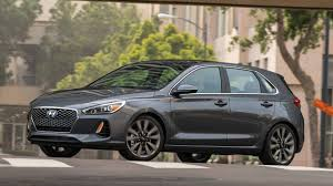 2018 Hyundai Elantra GT Sport: Specs and opinions on Hyundai's ...