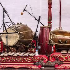 Sejarah, asal daerah dan cara musik gamelan gabungan dari adanya pengaruh seni luar negeri. Macam Macam Alat Musik Tradisional Pada Gamelan Dari Siter Hingga Gong Hot Liputan6 Com